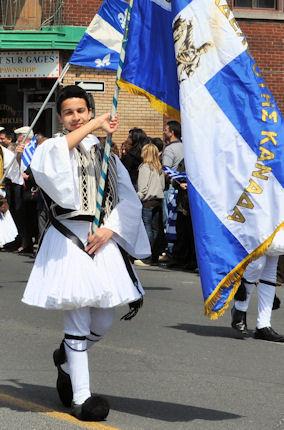 Στιγμιότυπο από προηγούμενη παρέλαση. Photo: © Me, Greek!
