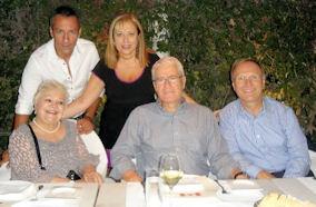 Πάνω σειρά: Ο Πέτρος Ίμβριος με τη συνεργάτρια μας - δημοσιογράφο Ιουστίνη Φραγκούλη. Κάτω σειρά: Η Μαίρη Λίντα, ο Πρέσβης της Ελλάδας στον Καναδά, Ελευθέριος Αγγελόπουλος και ο Πρέσβης του Καναδά στην Ελλάδα, Robert Peck.