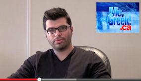 Ο Mark Angelo παραχωρεί video συνέντευξη στο Me Greek. Photo: ©2014 Me Greek.